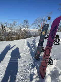 冬,スポーツ,雪,雪山,影,運動,ゲレンデ,スノボー,快晴,スノーボード,積雪,ウィンタースポーツ,スノボー女子