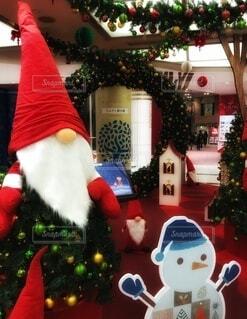 クリスマス飾りとトムテの写真・画像素材[3999533]