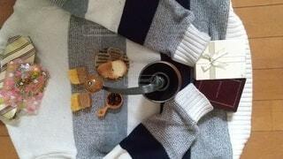 セーターの上のバレンタインの写真・画像素材[4197406]