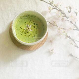桜と抹茶でおうちカフェの写真・画像素材[4297176]