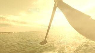 自然,海,屋外,太陽,朝日,ビーチ,手,水面,光,腕,正月,お正月,日の出,湘南,鎌倉,新年,初日の出,七里ヶ浜,nature,パドル,water,サンシャイン,サンライズ,ocean,sup,サップ