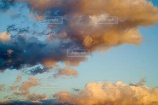 風景,空,屋外,雲,綺麗,青,夕暮れ,幻想的,オレンジ,暖かい,雰囲気,くもり,おしゃれ