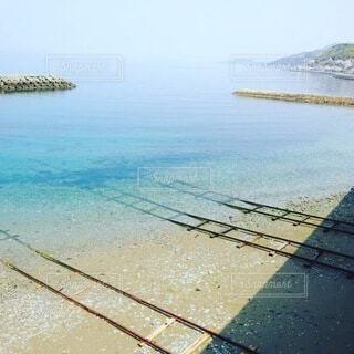海へ続く線路の写真・画像素材[4183411]