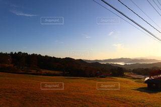 自然,風景,空,屋外,朝日,山,景色,朝焼け,樹木,電線,正月,お正月,日の出,モーニング,高原,ロープウェイ,新年,初日の出