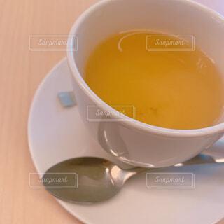 食べ物,カフェ,コーヒー,屋内,テーブル,スプーン,スープ,リラックス,マグカップ,食器,カップ,エスプレッソ,紅茶,おうちカフェ,ドリンク,おうち,コーヒー牛乳,茶,ライフスタイル,調理器具,カフェイン,飲料,アールグレイ,ウーロン茶,アッサム,食器類,コーヒー カップ,おうち時間,プーアル茶,受け皿,鉄観音,たんぽぽコーヒー,大紅袍