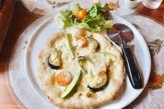 夏野菜のピッツァの写真・画像素材[4661538]