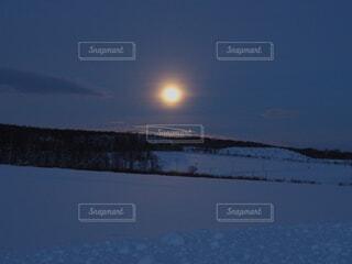 自然,空,冬,雪,山,月,月明かり,眺め