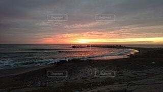 自然,風景,空,朝日,雲,砂浜,水面,正月,お正月,日の出,新年,初日の出,波乗り
