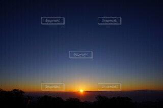大台ヶ原から見る日の出の写真・画像素材[4033743]