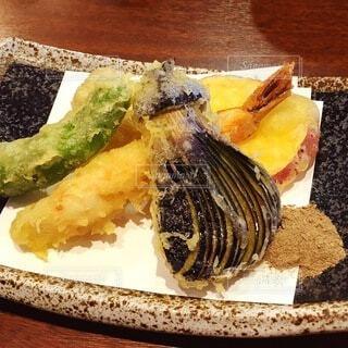 野菜の天ぷらの写真・画像素材[4102718]