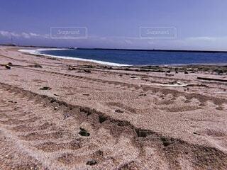 自然,風景,海,空,屋外,砂,ビーチ,雲,砂浜,水面,海岸,タイヤ,地面,日中,タイヤの跡