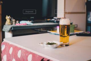 こたつとビールの写真・画像素材[3919548]