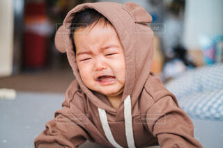 くまちゃんで泣いてるところの写真・画像素材[4019726]