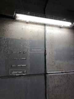 屋内,電気,壁,蛍光灯,汚い,放棄