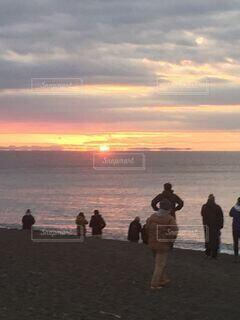 自然,風景,空,屋外,太陽,朝日,雲,海岸,正月,お正月,日の出,新年,初日の出,2019年、湘南、海