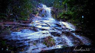 滝と雪の写真・画像素材[4138667]