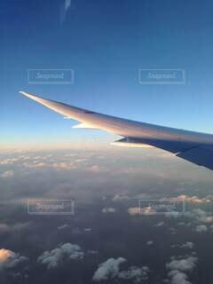 風景,空,屋外,雲,青空,飛行機,飛ぶ,翼,航空機,空気,宇宙,フライト,空の旅,航空,高い,ジェット,日中,ボーイング,B787