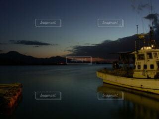 風景,空,夜,夜景,屋外,湖,雲,ボート,船,水面,港,夕陽,漁港,福岡,糸島,車両,水上バイク