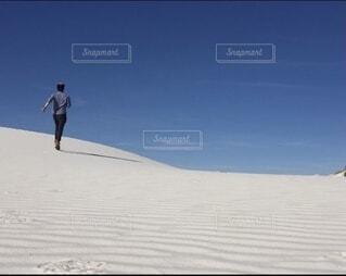 ホワイトサンズ国定記念公園への一人旅の写真・画像素材[4022068]