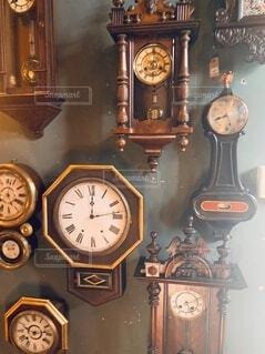 風景,屋内,アンティーク,時計,古い,たくさん,壁時計,クォーツ時計