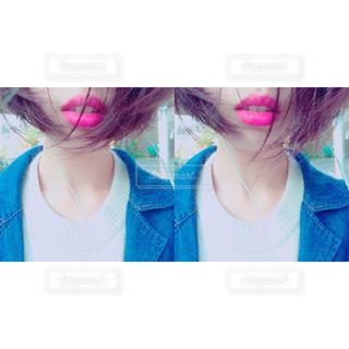 取って、selfie ピンクの髪の女の写真・画像素材[853006]