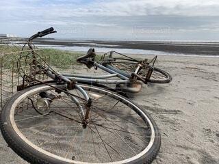 自転車,屋外,砂,ビーチ,砂浜,タイヤ,ホイール,自転車のホイール,自転車のタイヤ