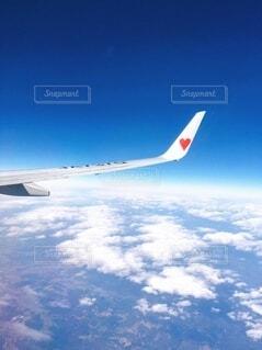 空,屋外,雲,青空,青,飛行機,スカイブルー,ハート,旅,トラベル,地上