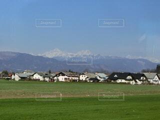 風景,空,屋外,草原,雲,山,景色,草,家,樹木