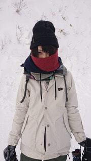 スキーウェアーを着る女性の写真・画像素材[4058387]