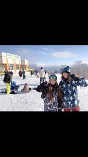 風景,空,建物,冬,スポーツ,雪,都会,人,スキー,運動,スノーボード,ウィンタースポーツ,テキスト,アイス スケート