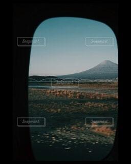 新年、新幹線での帰り道の写真・画像素材[4025441]