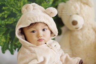 テディベアと赤ちゃんの写真・画像素材[2926933]