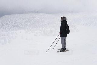 冬,雪,屋外,山,人,スキー,ハイキング,斜面,八甲田山,日中,ハイキング機器