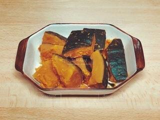 食べ物,食事,屋内,テーブル,木目