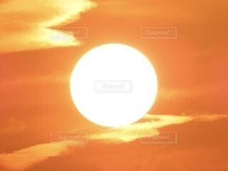 空,屋外,太陽,雲,夕暮れ,オレンジ,月,日の出