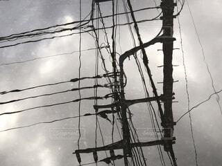 空,屋外,雲,ケーブル,くもり,景観,日中,ライン,ワイヤー,黒と白