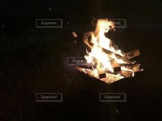 自然,暗い,グリル,炎,暖炉,火,たき火,料理,石,オーブン,熱,点灯