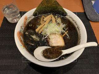 食べ物,ディナー,黒,スープ,ラーメン