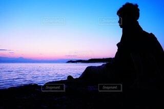 自然,風景,海,夕焼け,夕暮れ,海岸,夕方,防波堤,日の入り