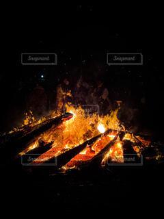 夜,炎,火,たき火,熱,お焚き上げ