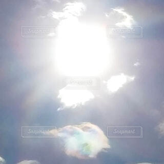 自然,空,屋外,太陽,雲,光,虹色,彩雲,日中,天使の羽