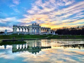 風景,空,雲,水面,景色,反射,オーストリア,ウィーン,シェーンブルン宮殿,グロリエッテ