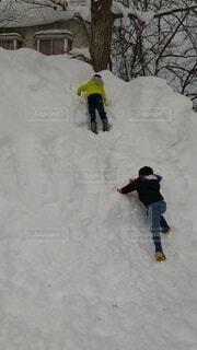 雪,雪山,子供,雪遊び