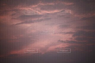 風景,空,屋外,雲,夕暮れ,くもり,赤紫