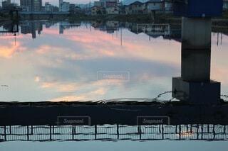 風景,空,橋,屋外,雲,夕暮れ,水面,反射,柱