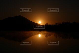 自然,風景,空,屋外,湖,太陽,朝日,水面,反射,日の出