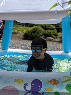 風景,夏,庭,プール,子供,人,水遊び,男の子,遊び場,自宅,水中メガネ