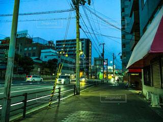 空,建物,屋外,カラフル,夕方,都会,明るい,通り,兵庫県,車両,さんほ,街路灯