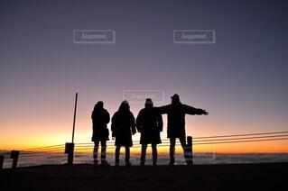 家族,朝日,山,シルエット,正月,お正月,日の出,新年,初日の出