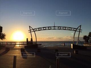 風景,海,朝日,ビーチ,水平線,オーストラリア,日の出,快晴,サーファーズパラダイス,ゴールドコースト